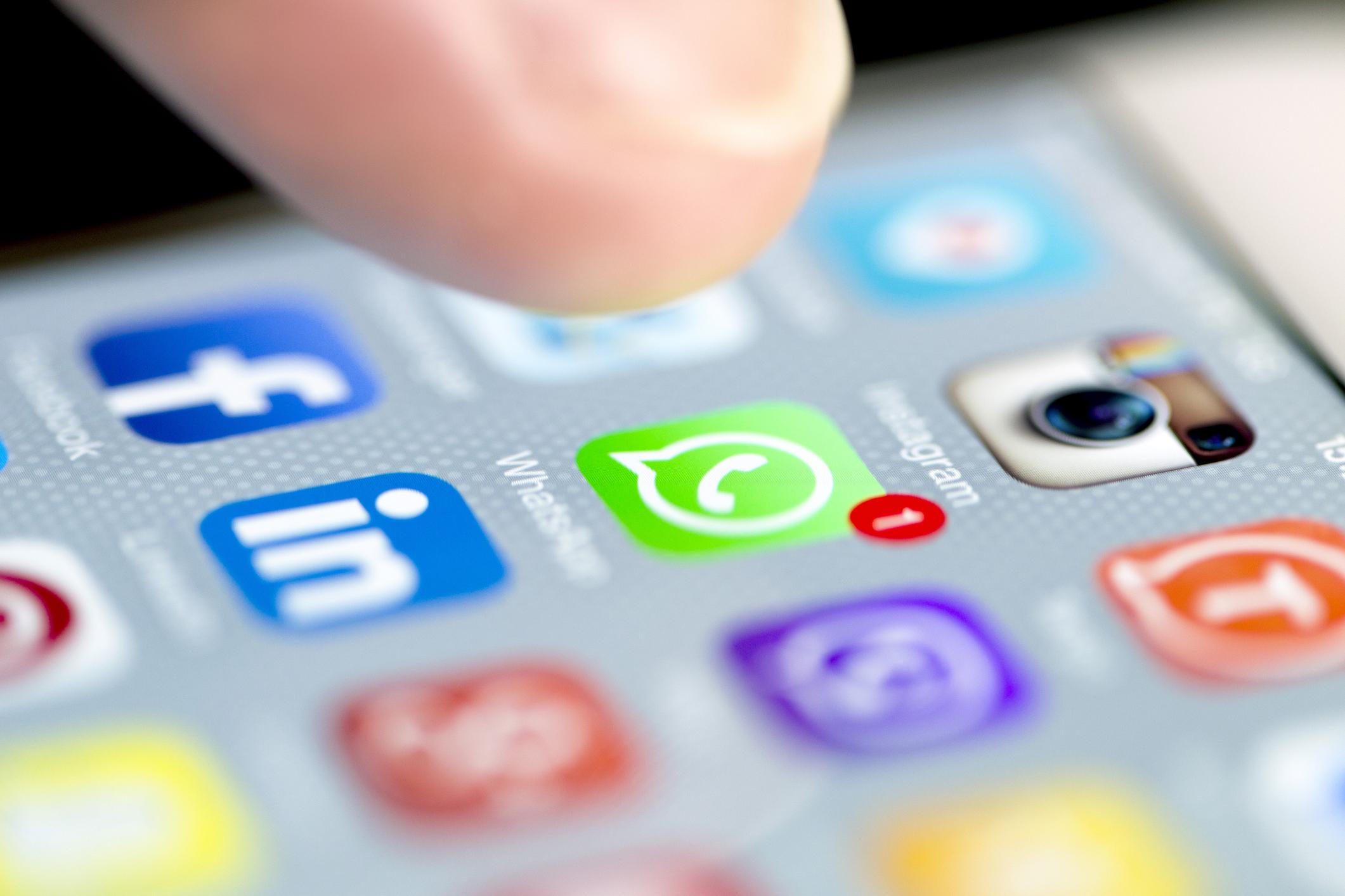 Usuarios de Whatsapp ya pueden enviar criptomonedas