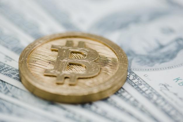 Bitcoin supera los USD $6.300 y domina mercado cripto