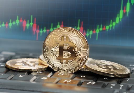 Bitcoin regresa con fuerza y supera los $10.000